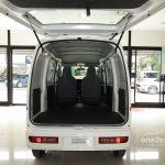 Daihatsu Cargo Van 4